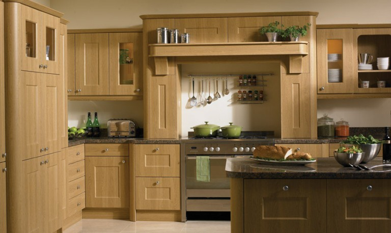 Cambridge Classic kitchen door
