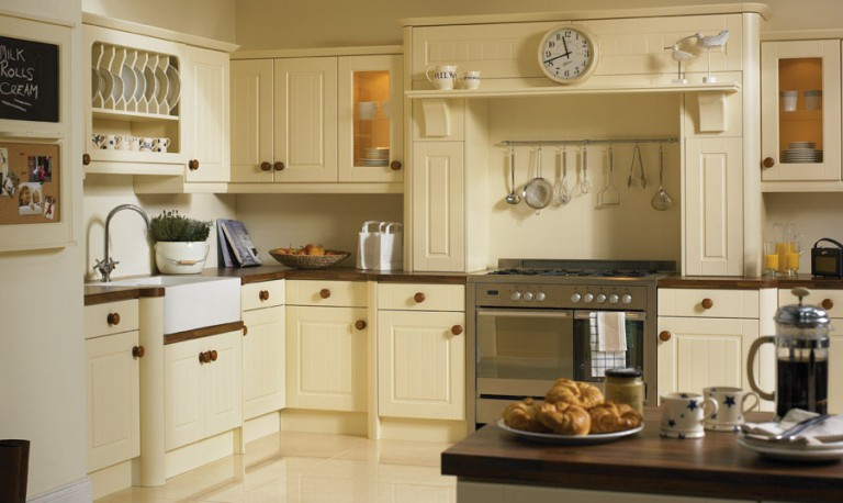 Newport Classic kitchen door