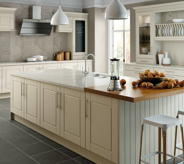 Surrey Classic kitchen door