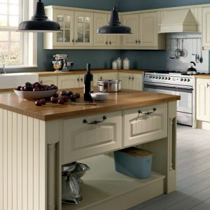 Westbury Classic kitchen door