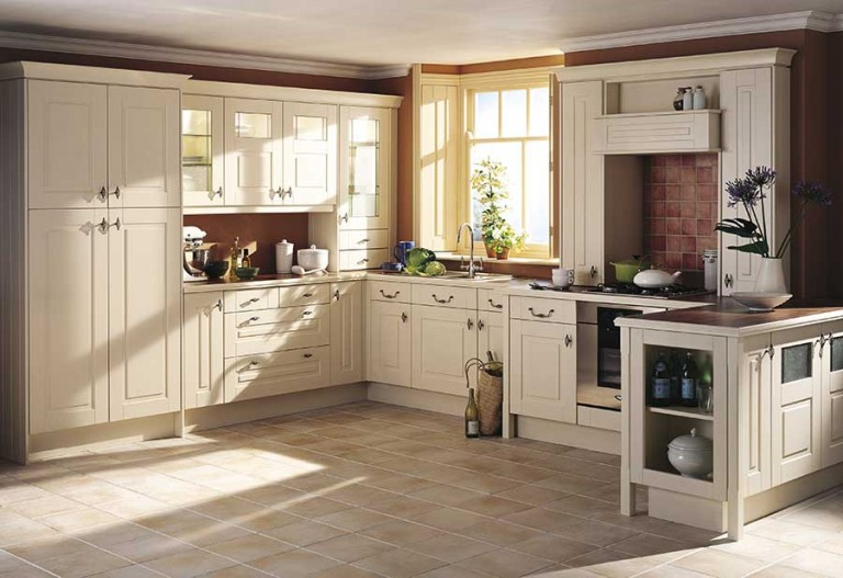Bloomsbury Classic kitchen door