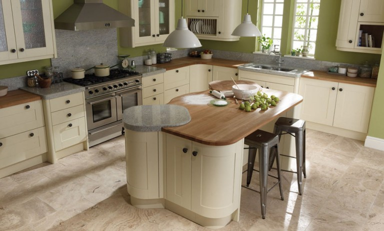 Broadoak painted Classic kitchen door