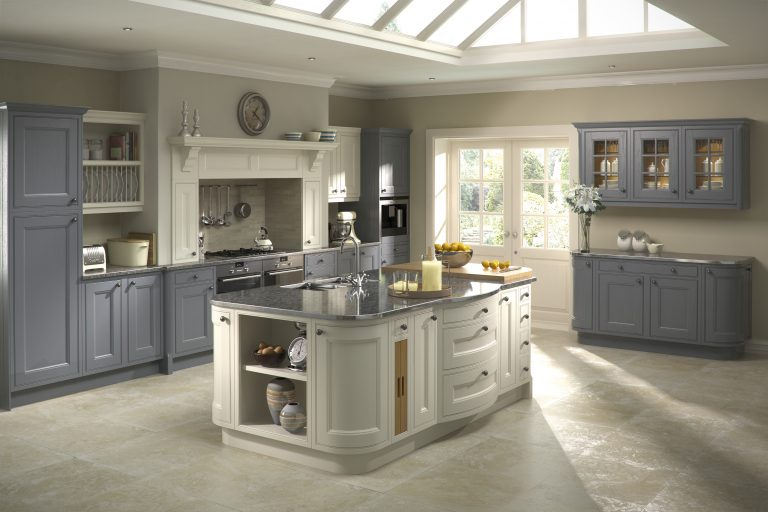 Tetbury In Frame Classic kitchen door