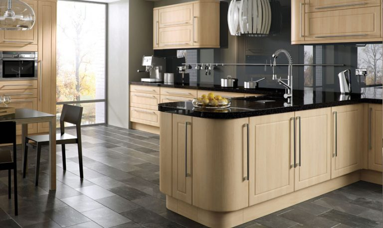 Ashford contemporary kitchen door