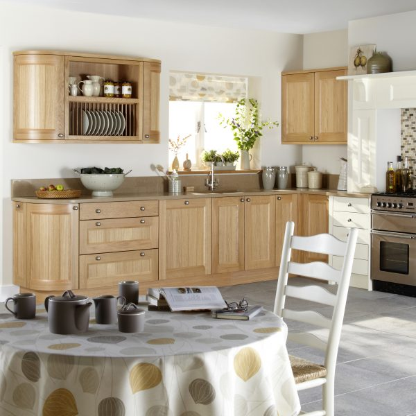 Kemble Classic kitchen door