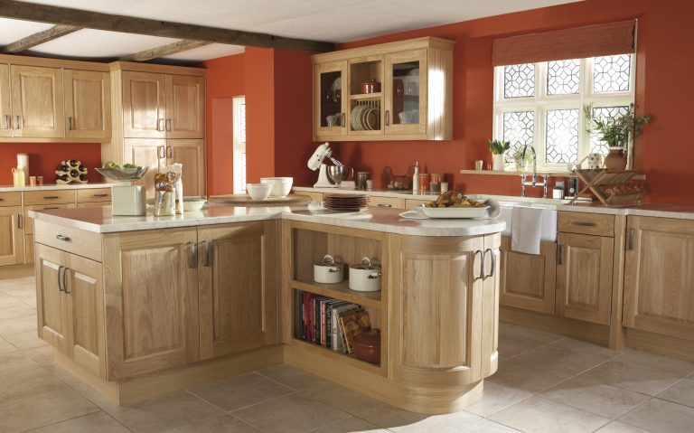 Kinsale Classic kitchen door