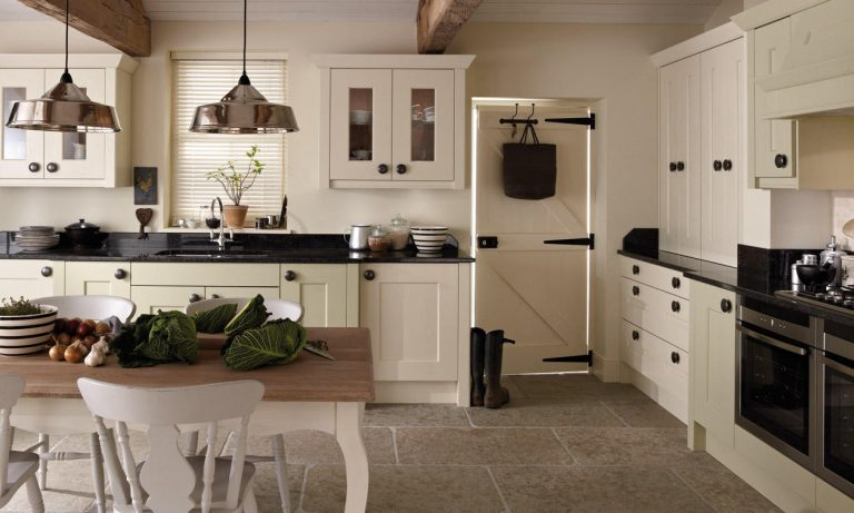 Langham Classic kitchen door